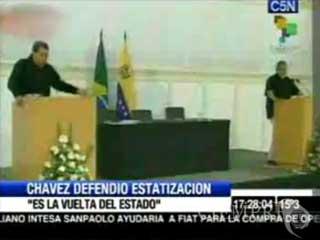 Hugo Chávez decidió meterse de lleno contra la libertad de prensa en nuestro país y acusó a prensa de derecha de defender los intereses de las empresas argentinas en Venezuela.
