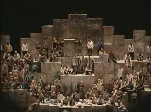 Va pensiero de la Opera Nabucco de Verdi, Inspirado en el Salmo 137 del Rey David, sin duda unos de los coros más extraordinarios y bonitos de del mundo.