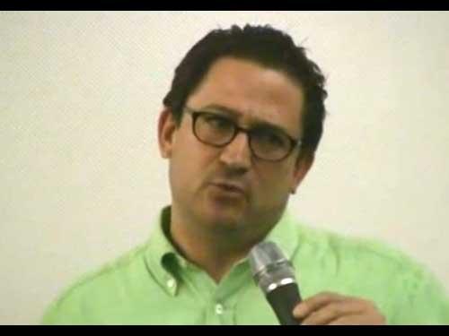 Aarón Margolis habla de las películas y la temática judía en el cine en general, además de comentarnos por qué esta ocasión no se pueden traer todas las grandes personalidades que un Festival Internacional de Cine Judio en México amerita.  www.forojudio.com como siempre estuvo presente y dialogó con el director de este FICJM.