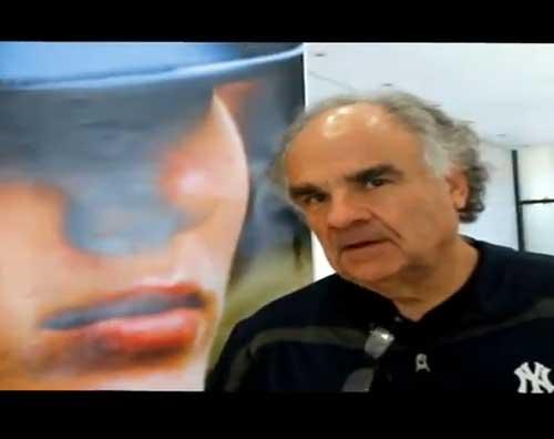 Visita la galería de fotos de la exposición fotográfica de Polo Kram en el CDI, oprime aquí.