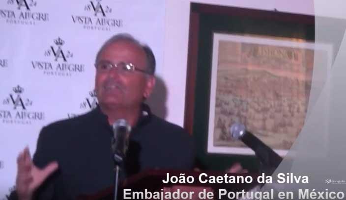 Poemas para conquistar Portugal y México