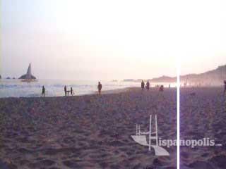 Hermoso atardecer en las playas mexicanas de Ixtapa-Zihuatanejo.