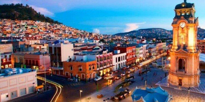 """La Secretaría de Turismo de México  comenzó a llamar """"pueblos mágicos"""" a destinos de interior."""